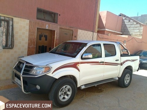 toyota hilux occasion laayoune diesel prix 165 000 dhs r f lae218. Black Bedroom Furniture Sets. Home Design Ideas