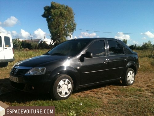 dacia logan 2009 essence voiture d 39 occasion tanger prix 52 000 dhs. Black Bedroom Furniture Sets. Home Design Ideas