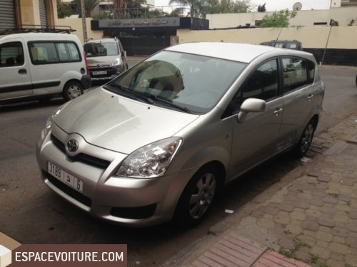 toyota verso 2008 diesel voiture d 39 occasion casablanca prix 117 000 dhs. Black Bedroom Furniture Sets. Home Design Ideas
