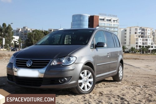 volkswagen touran occasion tanger diesel prix 205 000 dhs r f tar1217. Black Bedroom Furniture Sets. Home Design Ideas