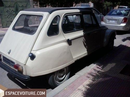 citroen 2 cv 1977 essence voiture d 39 occasion marrakech. Black Bedroom Furniture Sets. Home Design Ideas