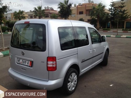 volkswagen caddy 2012 diesel voiture d 39 occasion berrechid prix 145 000 dhs. Black Bedroom Furniture Sets. Home Design Ideas