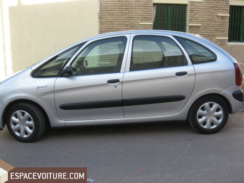 citroen c4 picasso 2002 diesel voiture d 39 occasion rabat prix 70 000 dhs. Black Bedroom Furniture Sets. Home Design Ideas