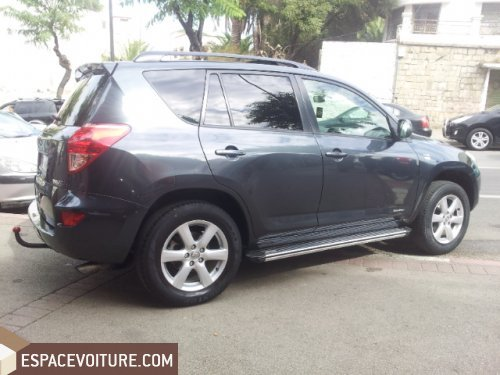 toyota rav 4 2009 diesel voiture d 39 occasion tanger prix 179 000 dhs. Black Bedroom Furniture Sets. Home Design Ideas