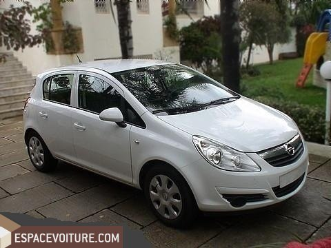 opel corsa 2010 diesel voiture d 39 occasion tanger prix 105 000 dhs. Black Bedroom Furniture Sets. Home Design Ideas