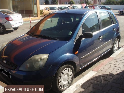 ford fiesta 2008 essence voiture d 39 occasion casablanca prix 57 000 dhs. Black Bedroom Furniture Sets. Home Design Ideas