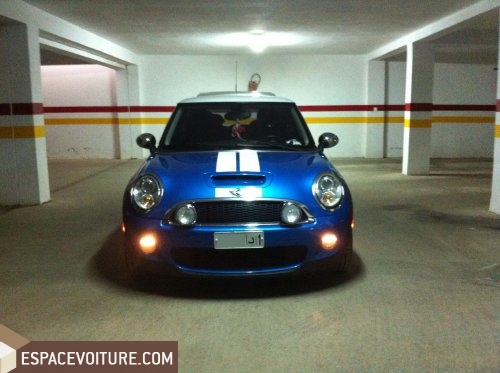 mini cooper 2010 essence voiture d 39 occasion rabat couleur bleu clair. Black Bedroom Furniture Sets. Home Design Ideas