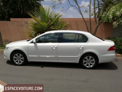 skoda superb 2012 diesel voiture d 39 occasion casablanca prix 160 000 dhs. Black Bedroom Furniture Sets. Home Design Ideas