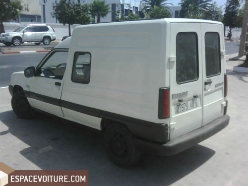 renault express 1997 diesel voiture d 39 occasion casablanca prix 53 000 dhs. Black Bedroom Furniture Sets. Home Design Ideas