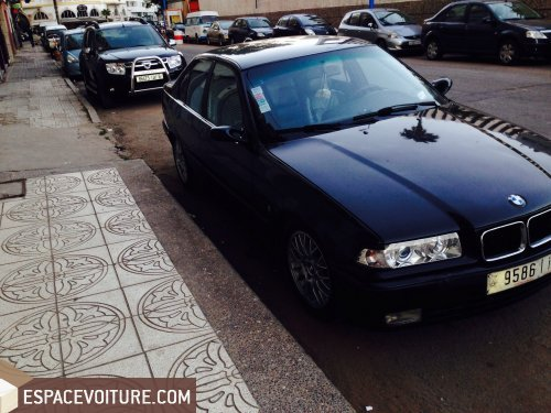 bmw 318 1994 essence voiture d 39 occasion casablanca prix 45 000 dhs. Black Bedroom Furniture Sets. Home Design Ideas
