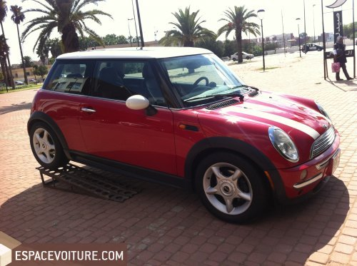 mini cooper 2003 essence voiture d 39 occasion rabat couleur rouge fonce. Black Bedroom Furniture Sets. Home Design Ideas