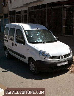 renault kangoo 2012 diesel voiture d 39 occasion casablanca prix 110 000 dhs. Black Bedroom Furniture Sets. Home Design Ideas