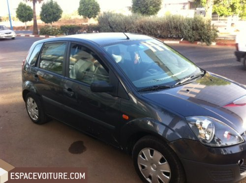 ford fiesta 2008 essence voiture d 39 occasion casablanca prix 69 000 dhs. Black Bedroom Furniture Sets. Home Design Ideas