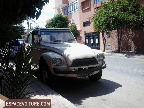 citroen 2 cv 1977 essence voiture d 39 occasion marrakech prix 40 000 dhs. Black Bedroom Furniture Sets. Home Design Ideas
