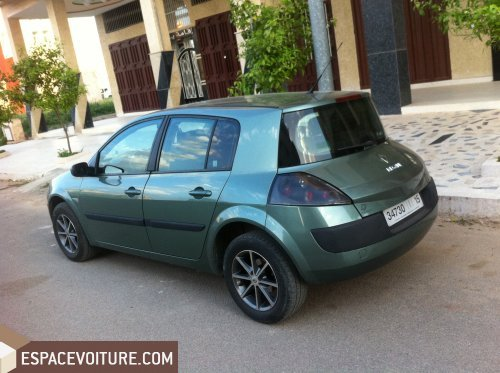 renault megane 2004 diesel voiture d 39 occasion fes prix 80 000 dhs. Black Bedroom Furniture Sets. Home Design Ideas