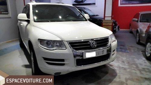volkswagen touareg 2009 diesel voiture d 39 occasion fes couleur blanc. Black Bedroom Furniture Sets. Home Design Ideas