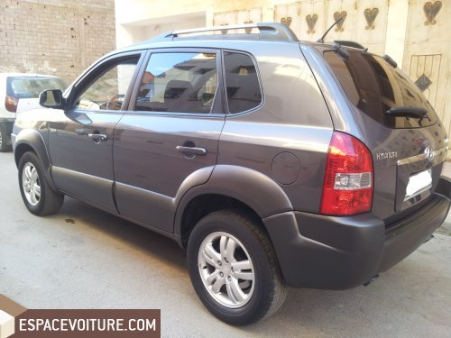 hyundai tucson 2008 diesel voiture d 39 occasion rabat couleur gris fonce. Black Bedroom Furniture Sets. Home Design Ideas