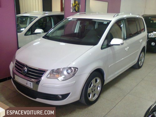 volkswagen touran 2008 diesel voiture d 39 occasion tanger prix 190 000 dhs. Black Bedroom Furniture Sets. Home Design Ideas