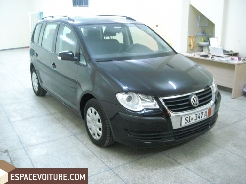 volkswagen touran occasion casablanca diesel prix 195 000 dhs r f caa11289. Black Bedroom Furniture Sets. Home Design Ideas