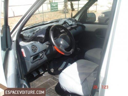 renault kangoo occasion casablanca diesel prix 63 000 dhs r f caa17551. Black Bedroom Furniture Sets. Home Design Ideas
