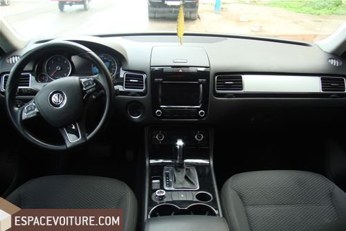 volkswagen touareg 2011 diesel voiture d 39 occasion casablanca prix 285 000 dhs. Black Bedroom Furniture Sets. Home Design Ideas