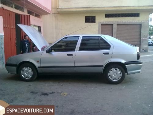 voiture d 39 occasion au maroc voiture a vendre renault r19 occasion. Black Bedroom Furniture Sets. Home Design Ideas