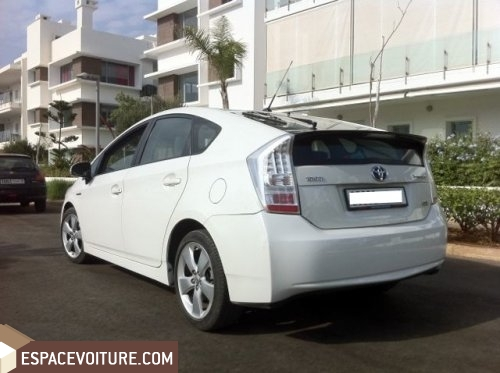 toyota prius occasion casablanca hyprides electriques prix 250 000 dhs r f rat3042. Black Bedroom Furniture Sets. Home Design Ideas