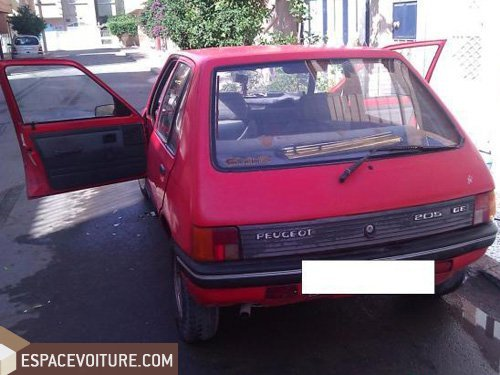 peugeot 205 1985 essence voiture d 39 occasion oujda prix 22 000 dhs. Black Bedroom Furniture Sets. Home Design Ideas